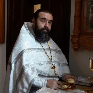 Священник Константин Денисов