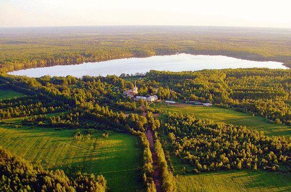 Антониево-Дымский монастырь с высоты птичьего полёта