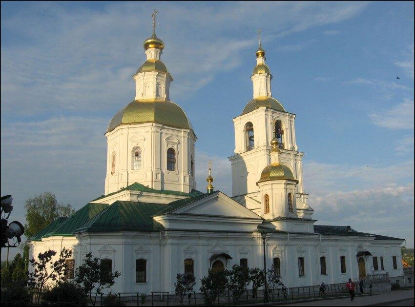 Церковь Казанской Иконы Божией Матери в Дивеево